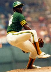 Bowie Kuhn cancels Vida Blue trade for Dave Revering