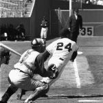 Willie Mays hits his 500th career home run