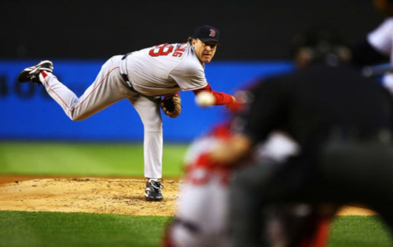 The Bloody Sock Game – Schilling and Red Sox force a deciding game 7 in ALCS