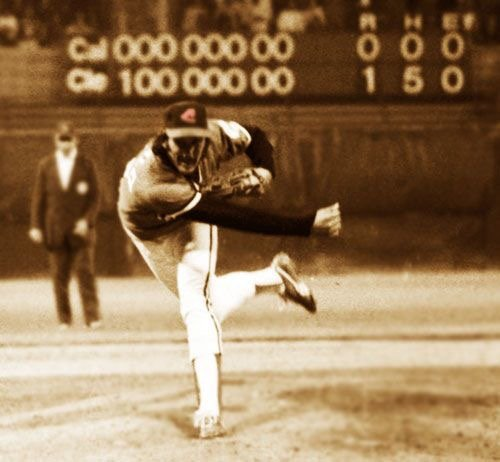 Boston Red Sox acquire pitcher Dennis Eckersley and catcher Fred Kendall from the Cleveland Indians