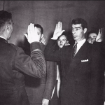 DiMaggio_enlisting_in_service_