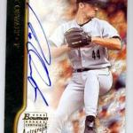 Roy Oswalt autographed baseball card (Houston Astros) 2002 Topps Bowman #BARO Certified