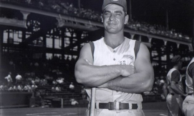 Former National League home run king Ted Kluszewski dies at the age of 63