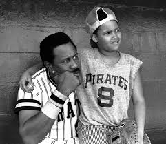Hall of Famer Willie Stargell dies at the age of 61