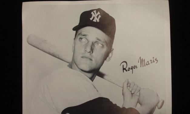the alleged asterisk attached to Roger Maris' record of 61 home runs in 1961 is officially removed