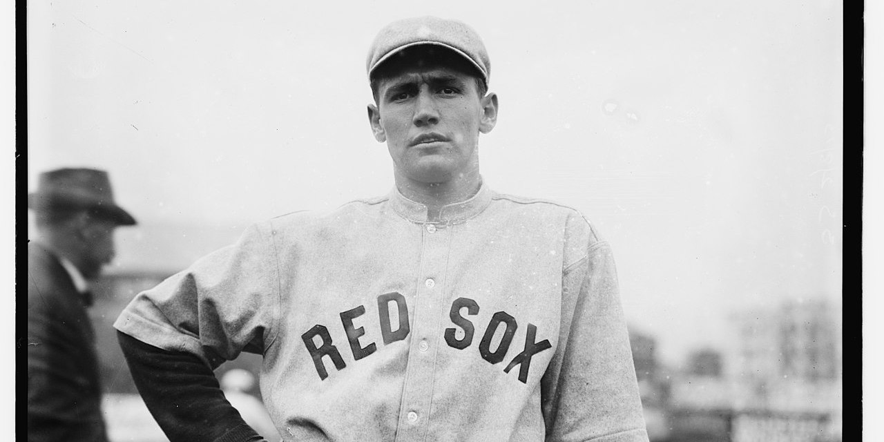 AtFenway Park, theRed Soxsweep two from theHighlanders, winning 13 – 6 and 6 – 0.Smoky Joe Woodwins the nitecap, his secondshutoutin a row, allowing just one hit, in winning 6 – 0 in seven innings.Dutch Sterrett's single is the lone hit. In the nitecap,Hick Cadymakes two hits in oneat bat. His single scoresJake Stahlfrom third base, but umpireSilk O'Loughlinrules that Stahl wasbalkedhome. In Cady's second chance, he doubles.