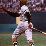 Roberto Clemente's grand slam caps a sixth-run 6th inning propelling Pittsburgh to a 9-6 win
