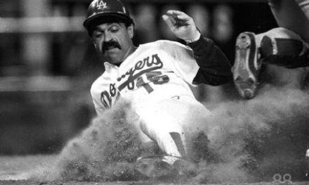Davey Lopes steals his 38th consecutive base a major league-record