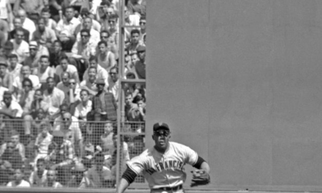 Mays in action June 2 1962