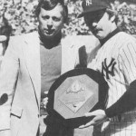 Thurman Munson wins the 1976 AL MVP