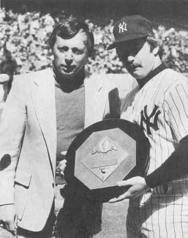 Thurman Munson wins the 1976 AL MVP