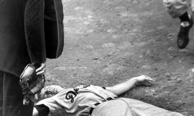 Al Kaline knocked unconscious by Bob Shaw