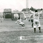 Cool Papa Bell slides into third Griffith stadium