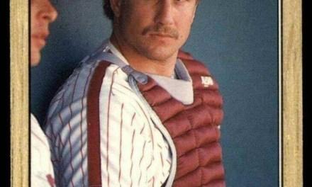 The Philadelphia Phillies sign free agent catcher Lance Parrish.
