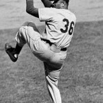 TheGiants'Sam Jonesthrows a 2 - 0one-hitteragainst theDodgers, allowing onlyJim Gilliam's controversial single in the 8th, a grounder that SSAndre Rodgershas difficulty picking up.Willie Mays's 2-run home run againstDon Drysdaleaccounts for all the scoring.