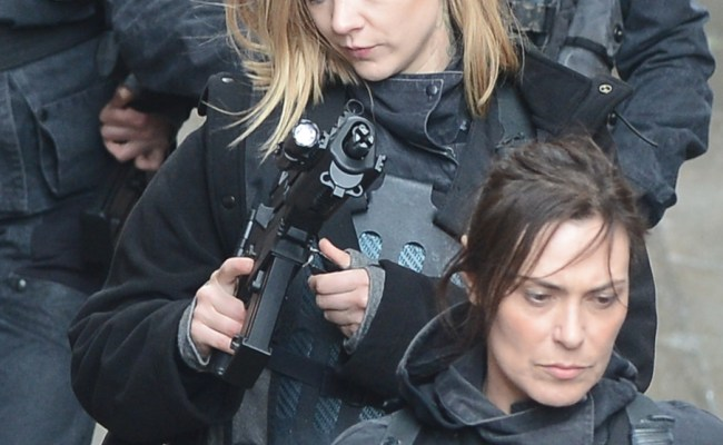 Photos From The Set Of Mockingjay Part 2 The Fangirl