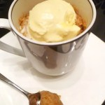 A perfectly spongy cake filled with all the flavors of baked apple pie. Apple Pie Spiced Mug Cake is a tasty single-serving cake that's ready in less than 5 minutes. | thishappymommy.com