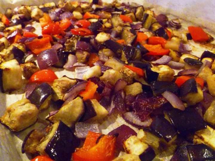 Roasted Eggplant Dip -- With a savoury roasted veggie flavour, this dip is tasty and satisfying.   thishappymommy.com
