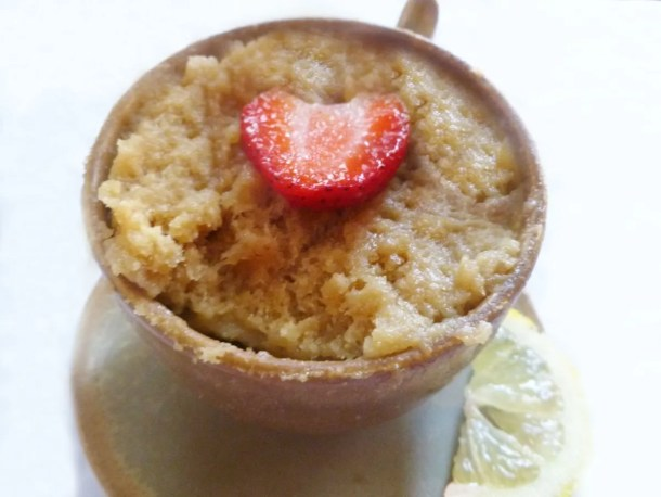 Lemon Mug Cake -- Perfectly spongy cake filled with a luscious and lightly sweetened lemon flavour. | thishappymommy.com