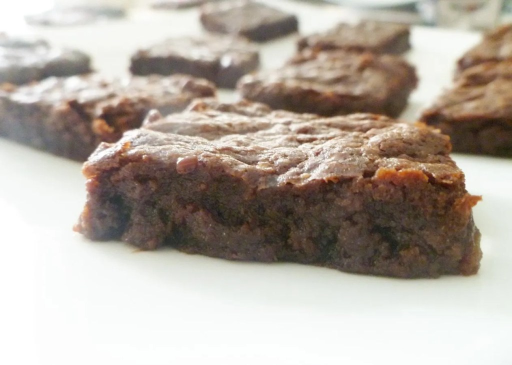Chocolate Hazelnut Brownies -- Decadently chocolatey hazelnut brownies that are so light and creamy everyone will be asking for more. | thishappymommy.com