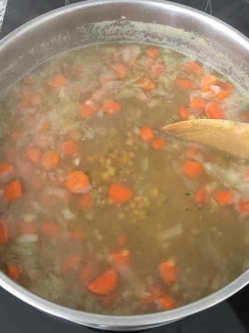 veggie lentil soup cooking