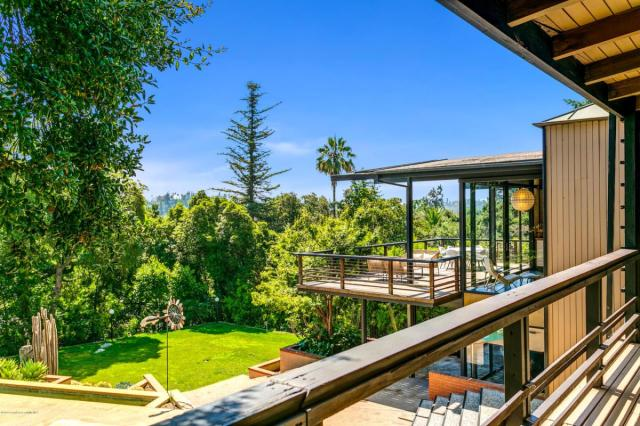 Beck selling $5 million mid-century modern post and beam mansion in Pasadena