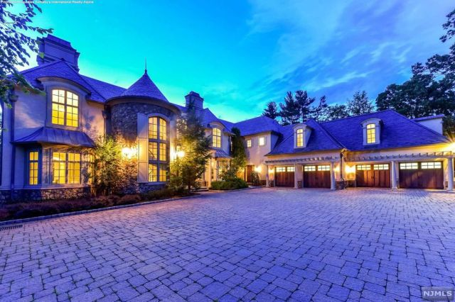 Mary J. Blige is selling her $6.8 million New Jersey mansion