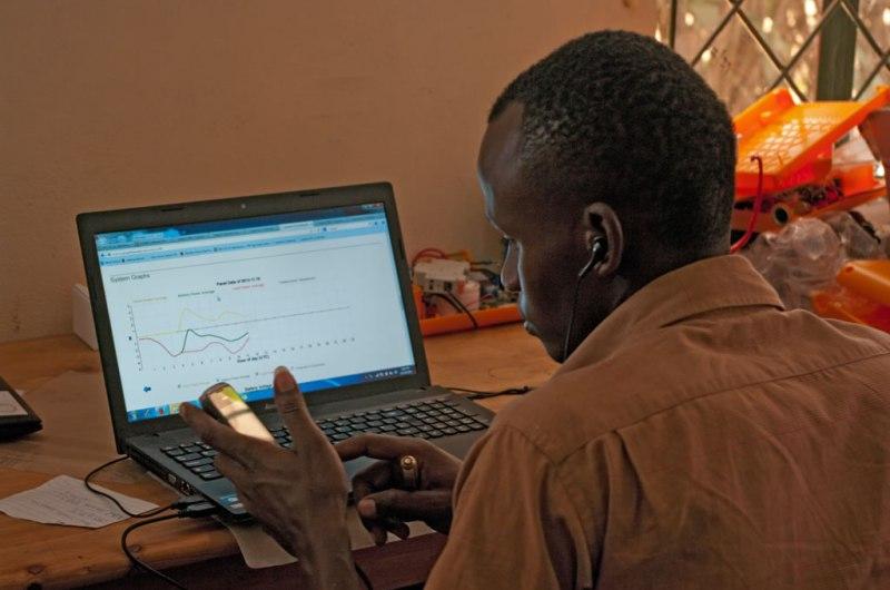 Impact 04: Maintenance coordinator using the Mobisol web interface