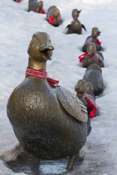 winter garden statues
