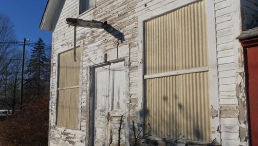 Barn at Main Entrance to Coogan Farm