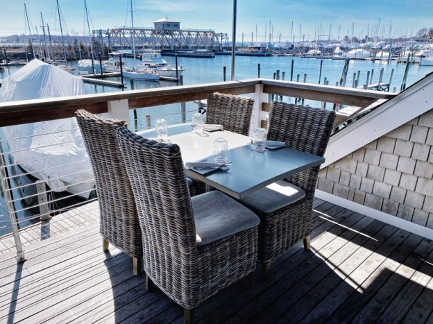 red-36-outdoor-dining-web