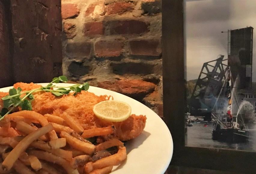Fish & Chips from Captain Daniel Packer Inne