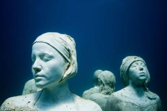 4.the-silent-evolution-depth-8m-cancun-mexico