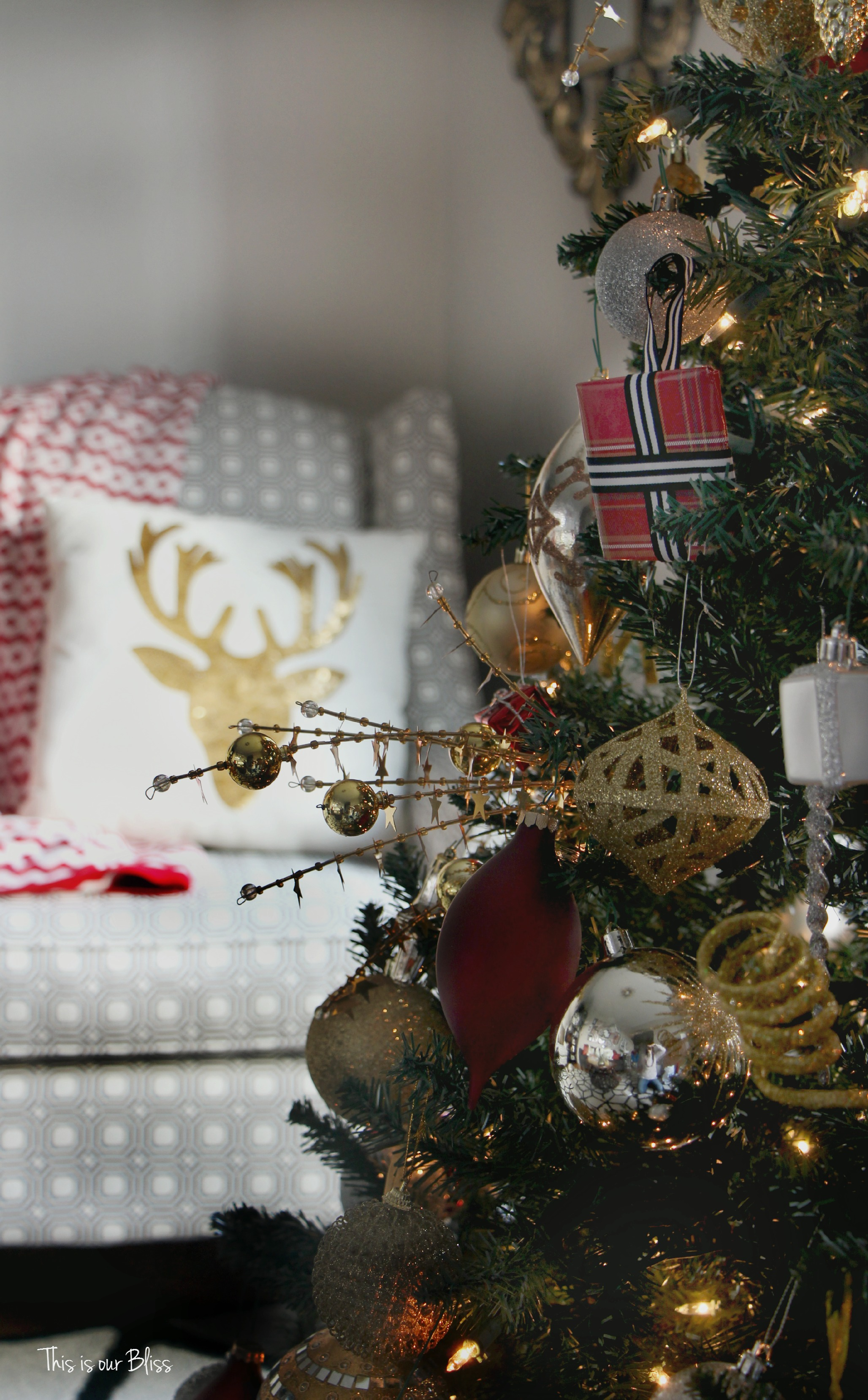 Diy Wrapped Present Ornaments Tree