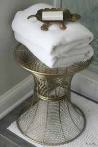 How to create a neutral glam bathroom