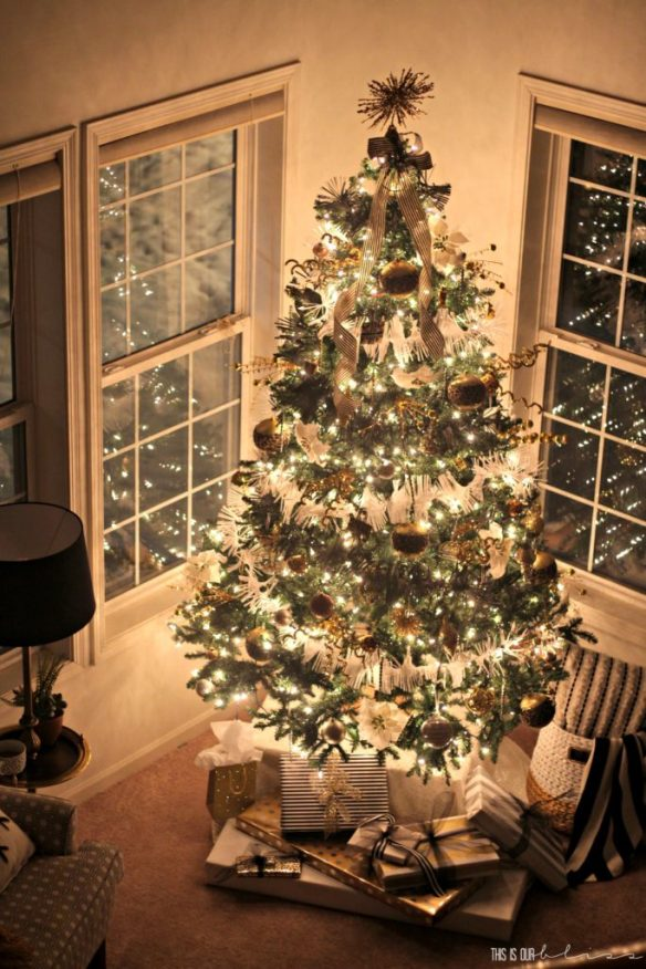 This is our Bliss Merry & Metallic Christmas Living Room with a Bold Neutral Glam Christmas Tree   My Home Style Blog Hop Christmas Tree Edition 2016