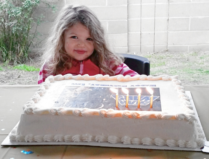 Swell The Costco Cake Hack How To Save Time And Money On A Diy Birthday Funny Birthday Cards Online Fluifree Goldxyz