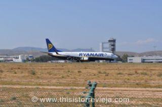 Ryanair at Alicante-Elche airport