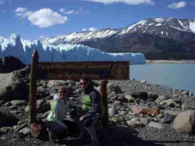 Quique y Maria en el Perito Moreno