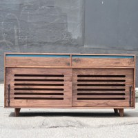 walnut_hardwood_dog_crate_cradenza_sq-2