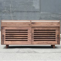 walnut_hardwood_dog_crate_cradenza_sq-8