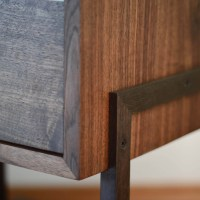 Detail_walnut_side_coffee_table_8x10-3