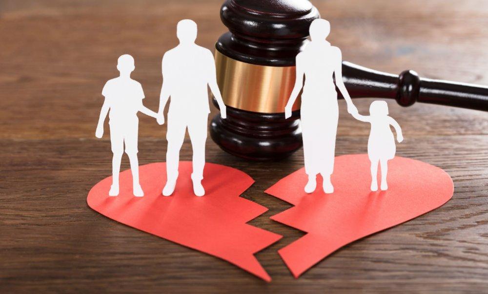 Πώς να μιλήσετε στο παιδί σας για το διαζύγιο; -Thisisus.gr