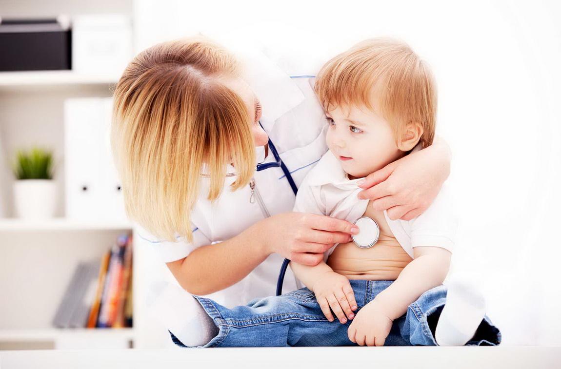 Να  αγαπάμε τα παιδιά μας και όταν αρρωσταίνουν -Thisisus.gr