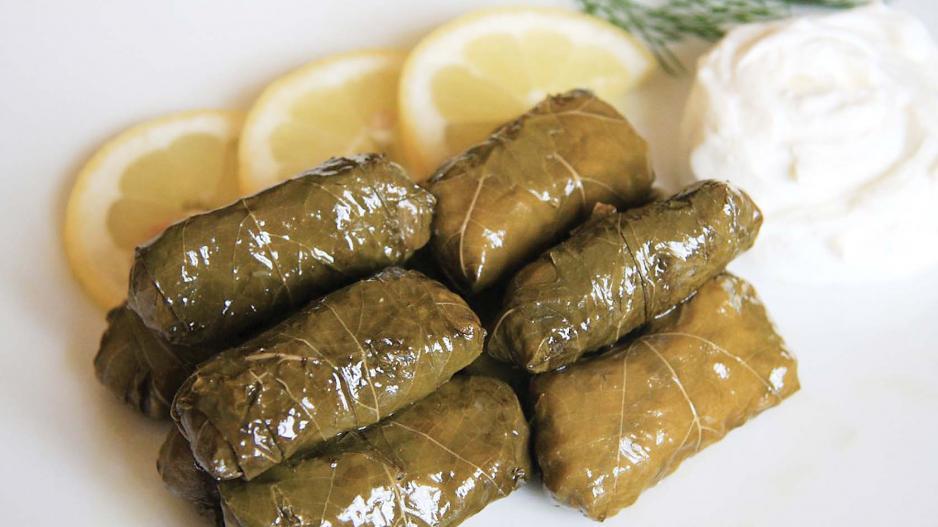 Κυπριακά κουπέπια ή αλλιώς ντολμαδάκια με κιμά – Thisius.gr