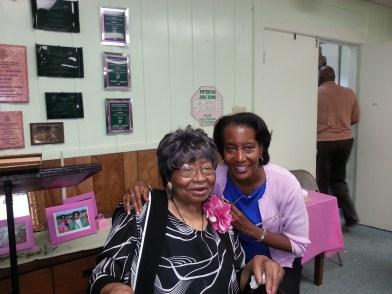Wishing my aunt a happy birthday