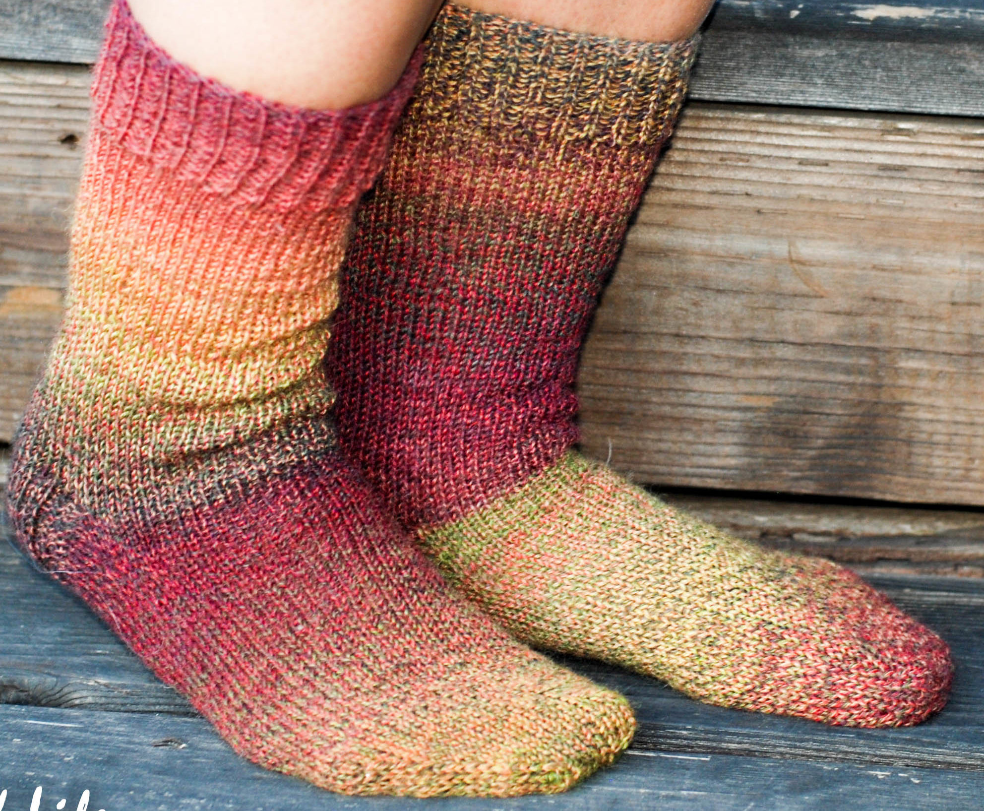 How to knit socks with knitting needles so that they warm not only the legs, but also the soul