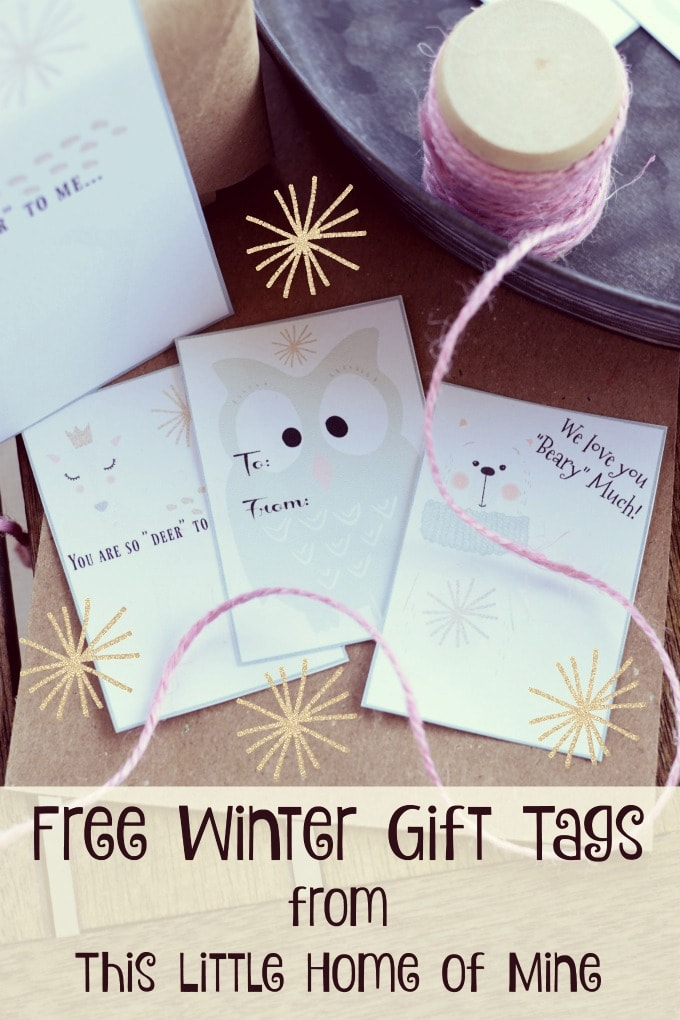 Free Winter Gift Tags: Christmas Wrapping with Brown Paper and Twine by This Little Home of Mine