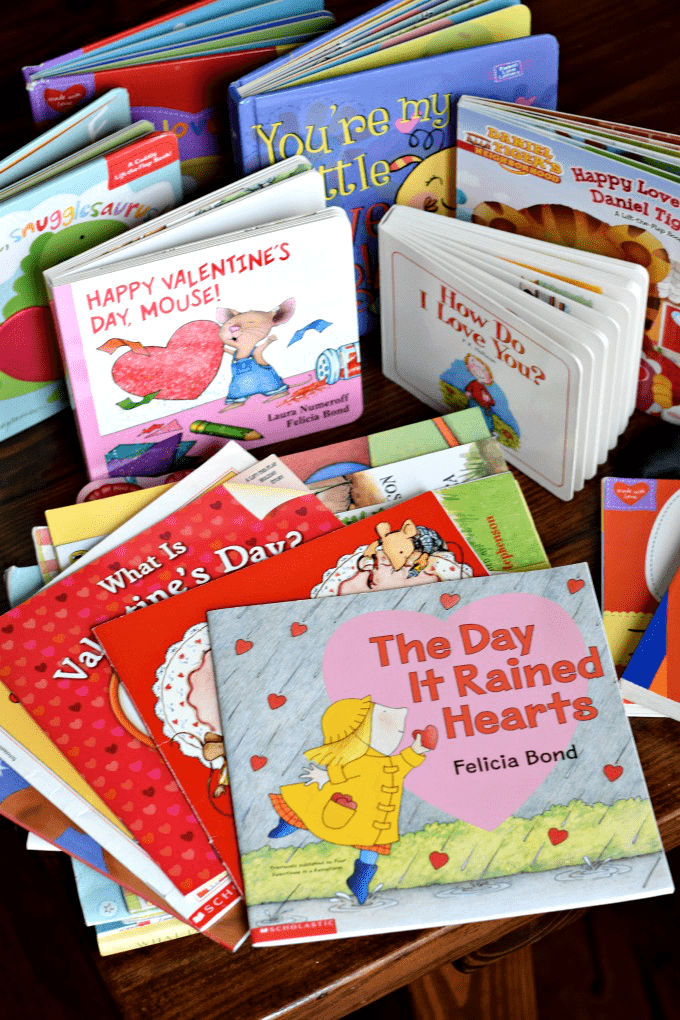 Valentine's Day Books for Kids by This Little Home of Mine