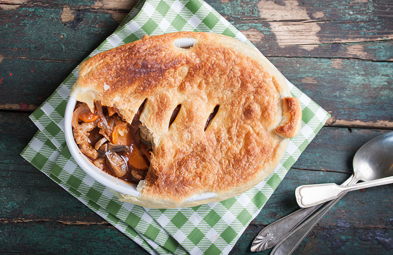 SLIMMING WORLD STEAK PIE FOR ONLY 5 SYNS - This Mama